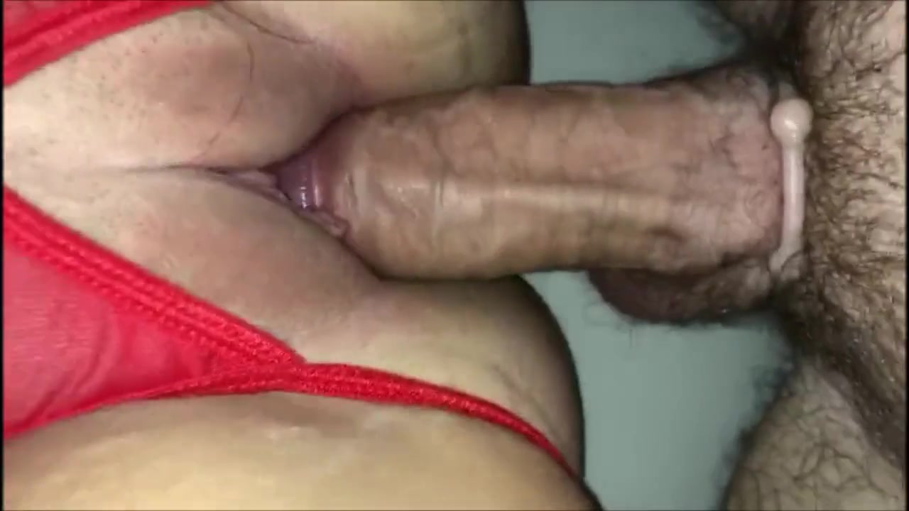 Long distance cumshot